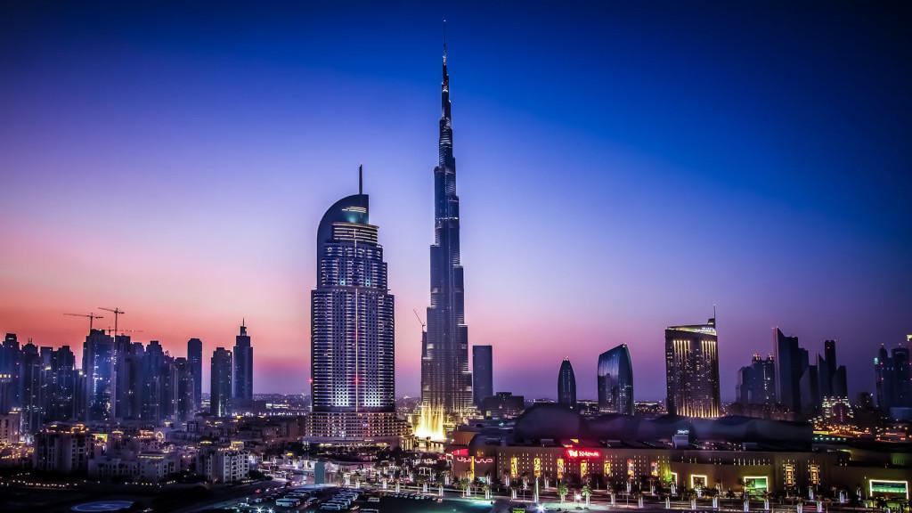 Дубай, ночной город