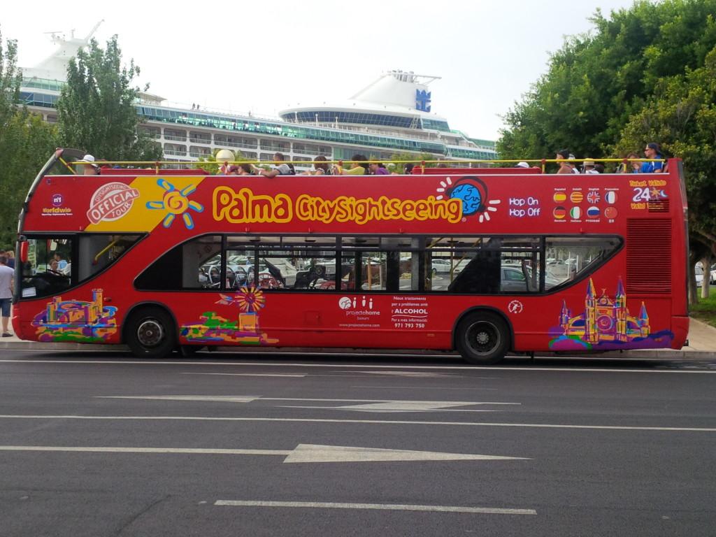 Экскурсионный автобус Пальмы