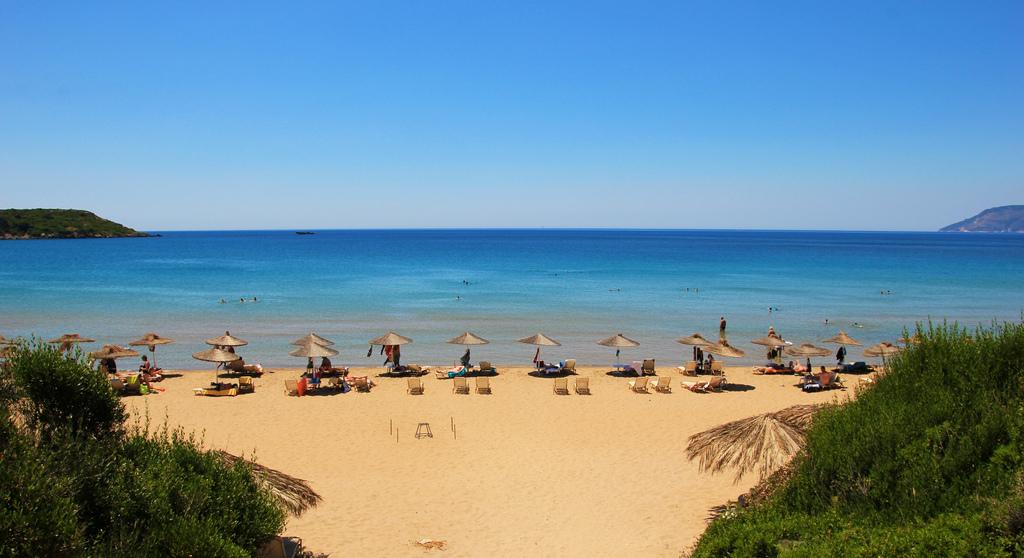 Пляж Геракас, Закинф