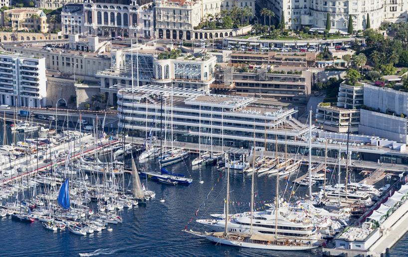 Яхт-клуб в Монако