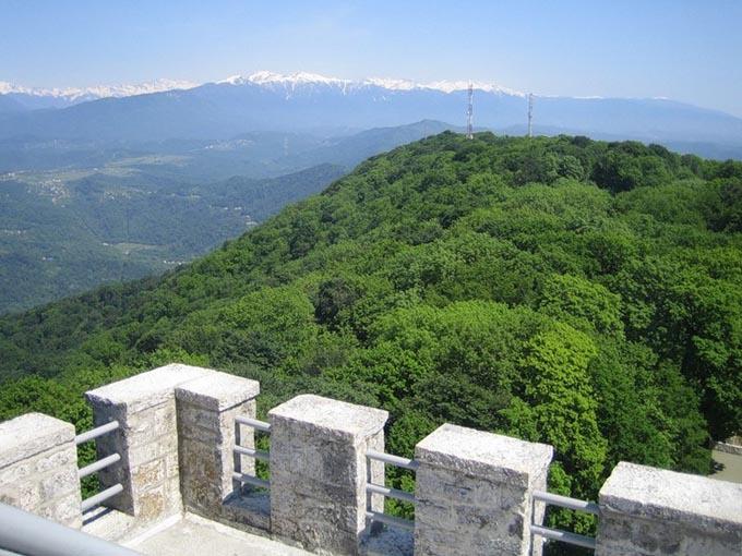 Гора Ахун, вид на Сочи