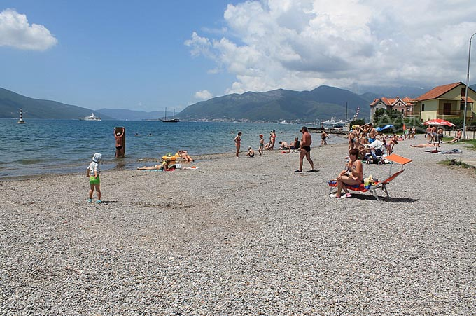 Пляж Белане, Тиват