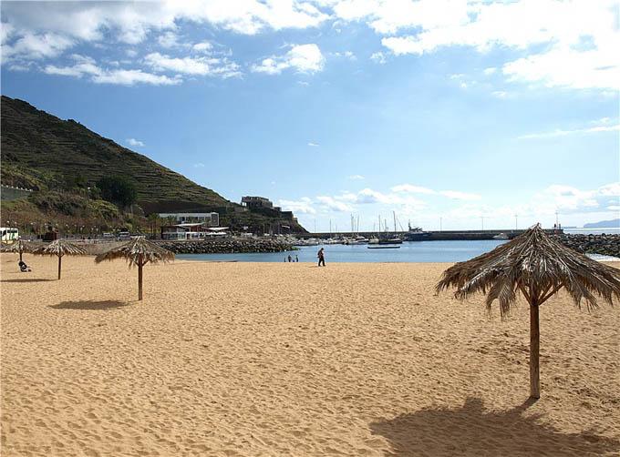Пляж Машику