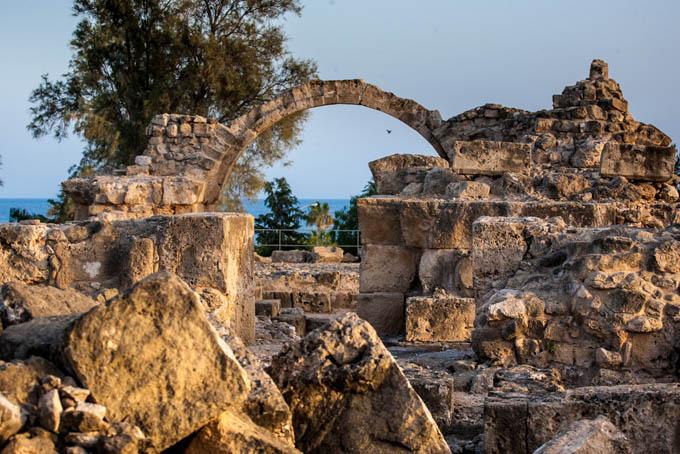 Саранта-Колоннес, Кипр