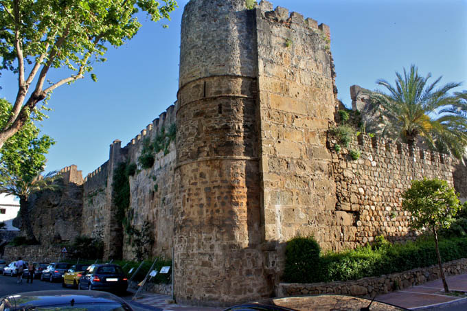 Арабская крепость, Марбелья