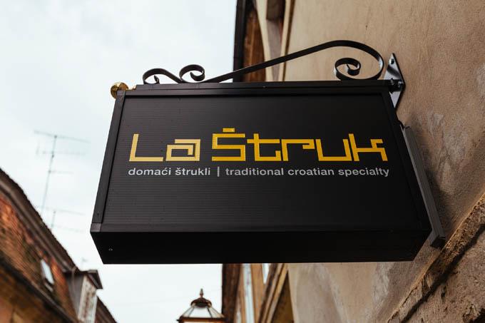 La Struk, Zagreb