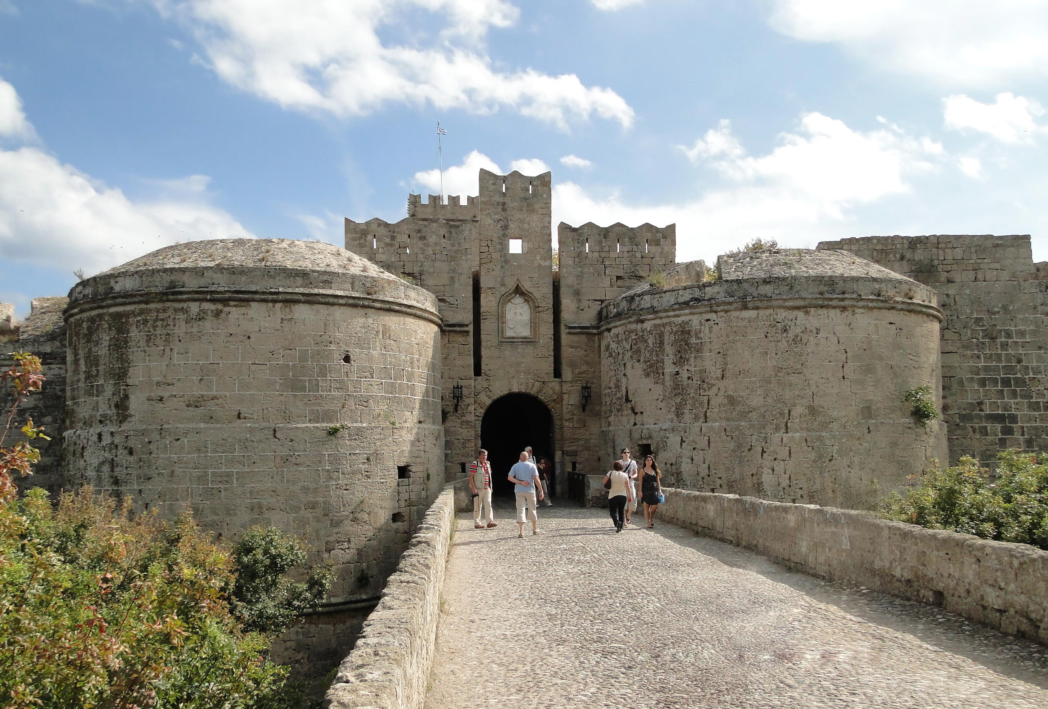 Родос, городская крепость