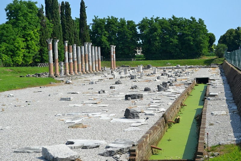 Раскопки Аквилеи