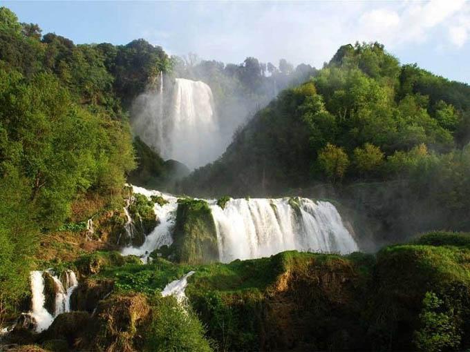 Умбрия: Водопад Каската