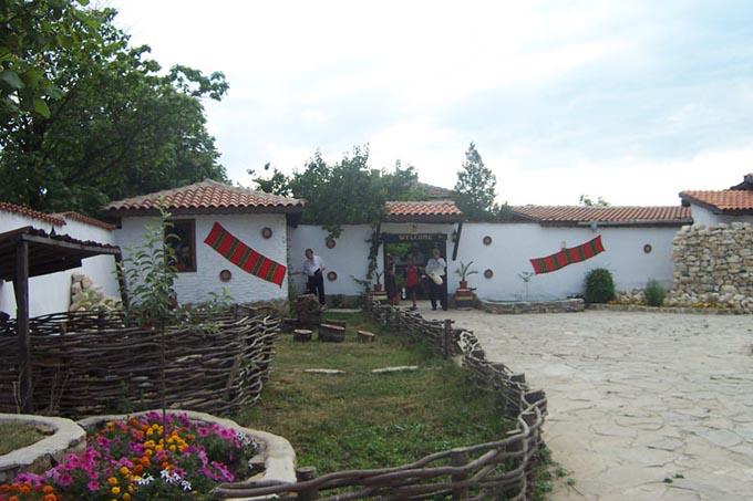 Деревня Бата, Болгария